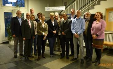 Foto: Vereinsmitglieder, 2. von links Neidhard Varnhorn, 6. von links Dr. Christina Blanck